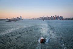 Tugboat w wierzch zatoce Zdjęcie Royalty Free