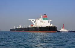 tugboats πετρελαιοφόρων Στοκ Φωτογραφία