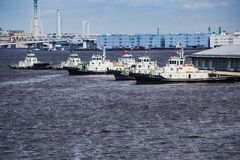 Tugboats σε στάση στο λιμάνι Στοκ φωτογραφίες με δικαίωμα ελεύθερης χρήσης
