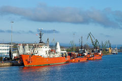 tugboats рядка Стоковые Изображения RF