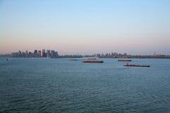 Tugboats w Górnej Nowy Jork zatoce Fotografia Royalty Free