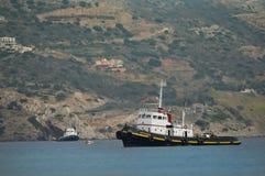 Tugboats w porcie Amoudara Obraz Stock
