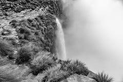 Tugela monocromatico cade, la seconda cascata più alta su terra Fotografia Stock