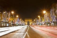 tuggar ljudlig elysees france paris royaltyfria bilder