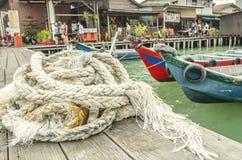 Tuggningbrygga i George Town, Penang, Malaysia arkivfoto