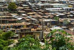 Tugurios de Kibera en Nairobi, Kenia Imágenes de archivo libres de regalías