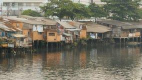 Tugurios en el río saigon Vietnam Imágenes de archivo libres de regalías