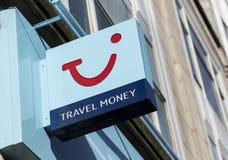 TUI agenci biura podróży, pieniądze wymiany logo i znak i fotografia royalty free