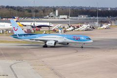 Tui Airways Boeing 757-200 Royaltyfria Foton