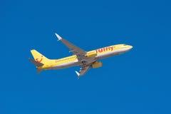 Tui Boeing 737-800 décolle de l'aéroport du sud de Ténérife le 13 janvier 2016 Photo libre de droits