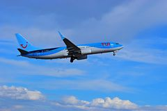 Tui Thompsons Holidays Taking Off von Alicante-Flughafen Lizenzfreies Stockfoto