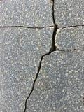 Tuile de granit avec une fente, comme la texture Image stock