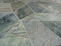 Tuile en pierre marbrée verte de Geotile Photo stock