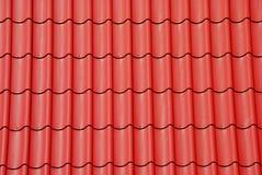 Tuile rouge sur le toit Image libre de droits