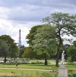 巴黎,威严的18,2013-Tuileries庭院在巴黎法国 免版税库存图片