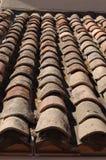 Tuiles de cimaise sur le toit de la Riviera Photo libre de droits