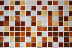 Tuiles de mosaïque brunes blanches oranges, modèle sans couture pour la décoration images stock