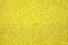Tuiles de mosaïque jaune Photographie stock