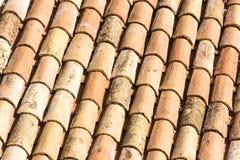 Tuiles de toit antiques image libre de droits