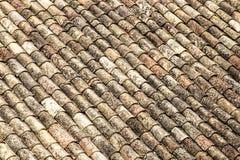 Tuiles de toit de terre cuite photos libres de droits