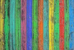 Tuiles en bois colorées Fond en bois coloré Texte chic minable Image libre de droits