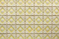 Tuiles portugaises traditionnelles d'azulejo sur le bâtiment à Porto, P Photos stock