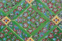 Tuiles vitrées thaïlandaises traditionnelles Photos stock