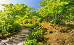Tuin dichtbij Tempel Tenryu -tenryu-ji in Kyoto, Japan Royalty-vrije Stock Foto's