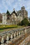 Tuin in kasteel Hatley stock afbeelding