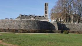 Tuin in Limoges, Frankrijk stock video