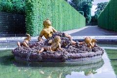 Tuin met siervijverpaleis Versailles dichtbij Parijs, Frankrijk Stock Fotografie