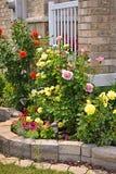 Tuin met steen het modelleren royalty-vrije stock afbeeldingen