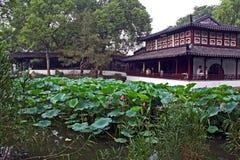 Tuin in Suzhou de olieverfstylization dichtbij van Shanghai, China royalty-vrije stock afbeeldingen