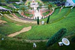 Tuin van Bahai-Godsdienst in Haifa stock afbeeldingen