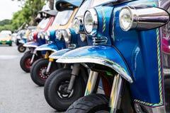 Tuk Tuk, thailändsk traditionell taxi Arkivbild