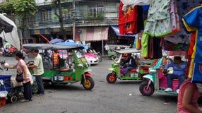 Tuk Tuk三轮车在街市繁忙的曼谷 免版税库存图片