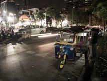 Tuk tuk在晚上 免版税图库摄影