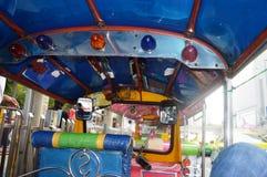 TUK TUK在街市曼谷 免版税库存图片