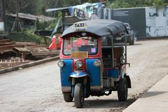 Tuk Tuk是作为出租汽车使用的一辆单轮动力化的车 免版税库存图片