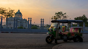 Tuk tuk at Ananta Samakhom Throne Hall Stock Photos
