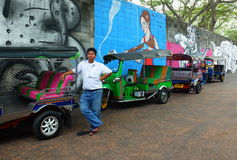Tuktuk-Fahrer in Bangkok, Thailand Stockbild
