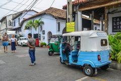 Tuku tuku taxi na ulicie w Galle, Sri Lanka zdjęcia royalty free