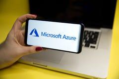 Tula, Rússia - 29 DE JANEIRO DE 2019: Logotipo do Microsoft Azure indicado em um moderno fotografia de stock