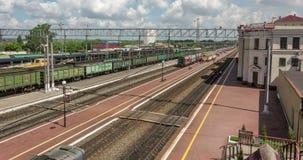 Tula, Russie 06/17/2016 Laps de temps de station de train clips vidéos