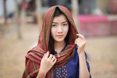 Tulbandvrouw Zuidoost-Azië Royalty-vrije Stock Afbeeldingen