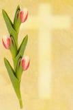 Tulipán y cruz del greetingcard de Pascua Fotos de archivo libres de regalías