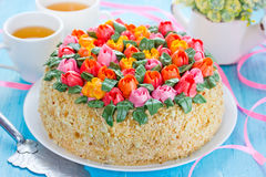 Free Tulip Buttercream Cake. Springtime Cake, Mother`s Day Cake, East Stock Photos - 89321273