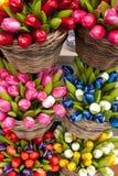 Tulipanes de madera - recuerdos en Utrecht Imagen de archivo libre de regalías