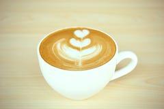Tulipanowa Latte sztuka Zdjęcie Royalty Free