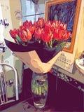Tulipany w wazie ilustracja fotografia stock